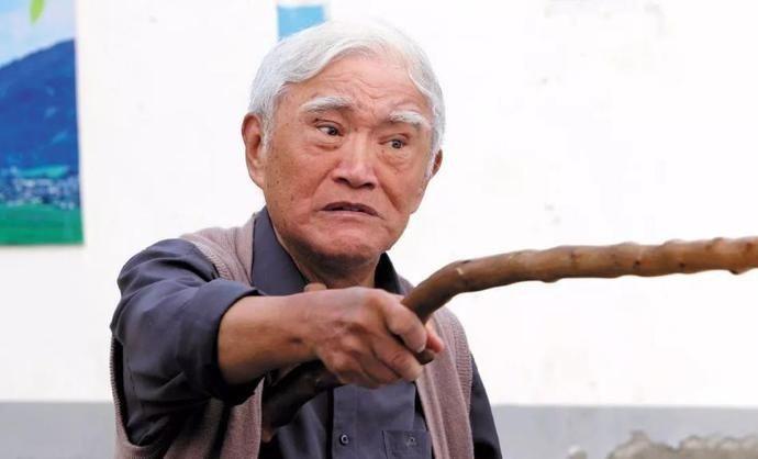 牛犇 曾获得影帝成就,陈道明见到他都要鞠躬握手,如今只能住老年公寓
