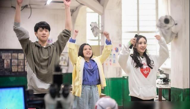 综艺节目|艺人新媒体指数综艺排名,四位明星能进前十,这节目居功至伟!