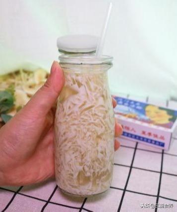 『茅根』夏季必备解暑神器——海底椰雪梨膏,简单方便比果冻还好吃
