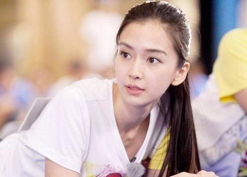 综艺节目|蔡徐坤晒成员合照忘P图,意外暴露baby真实颜值,网友:我没看错吧?